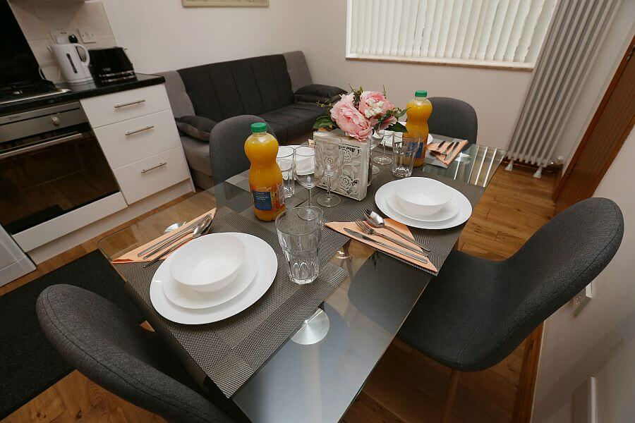 Woodleigh Apartment Dining Area